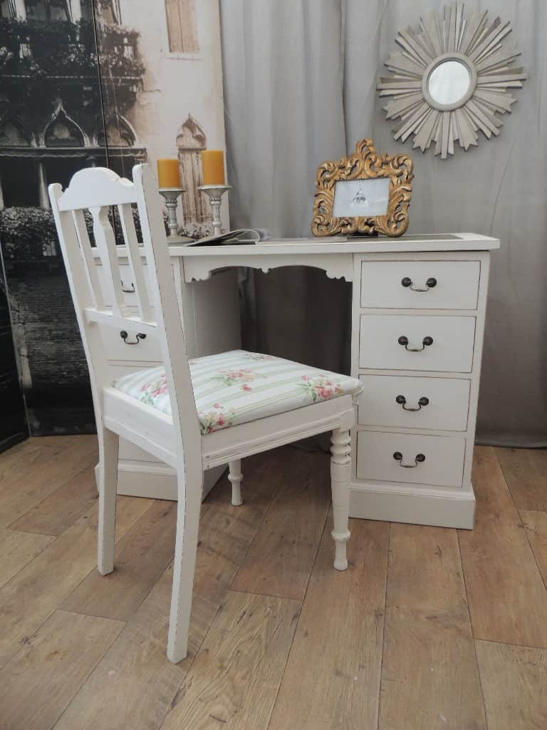 Lovely small shabby chic desk with antique chair - Lovely Small Shabby Chic Desk With Antique Chair – ECLECTIVO London