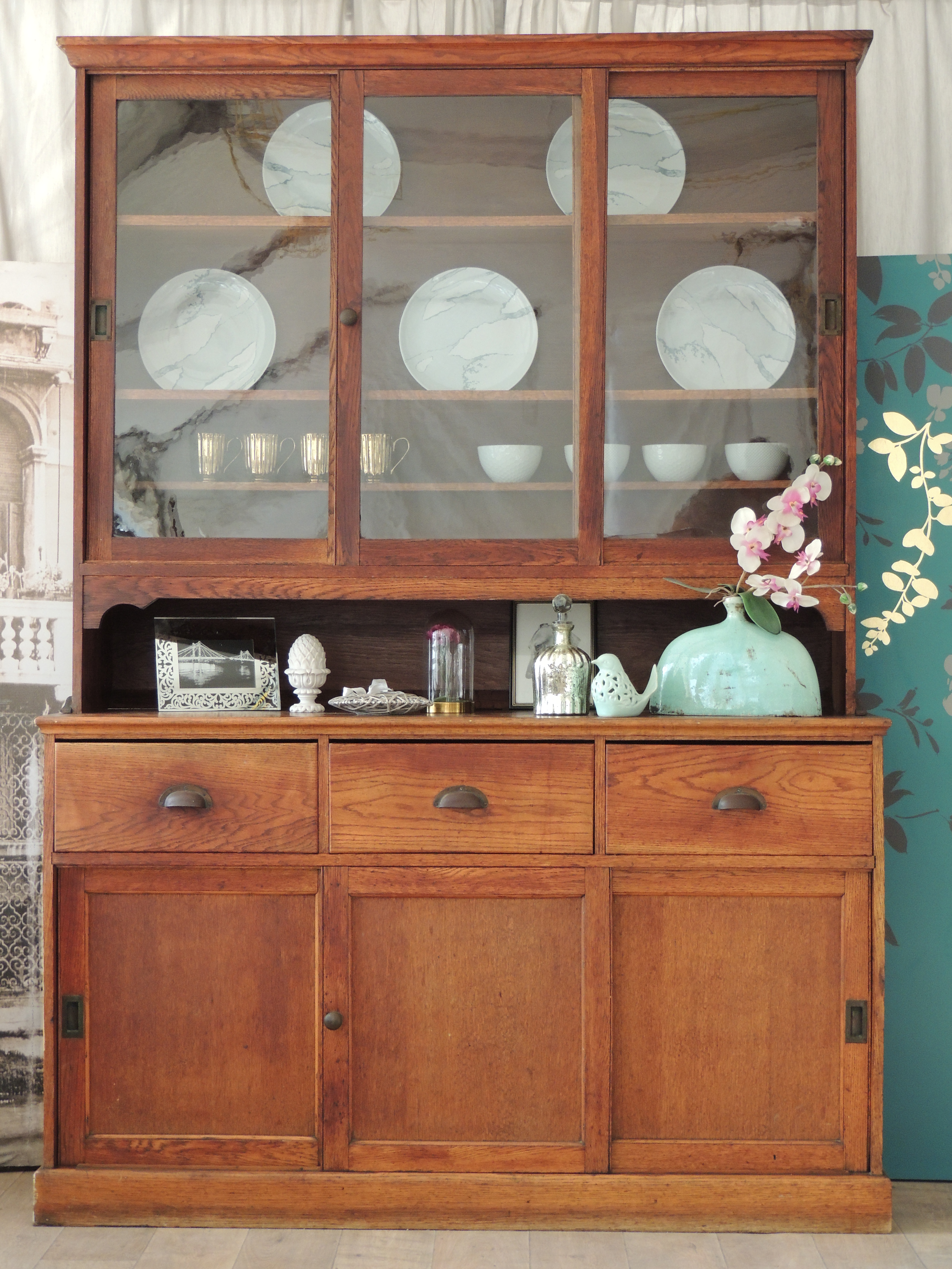 Lovely Antique Solid Oak Sliding Door Victorian Dresser Eclectivo