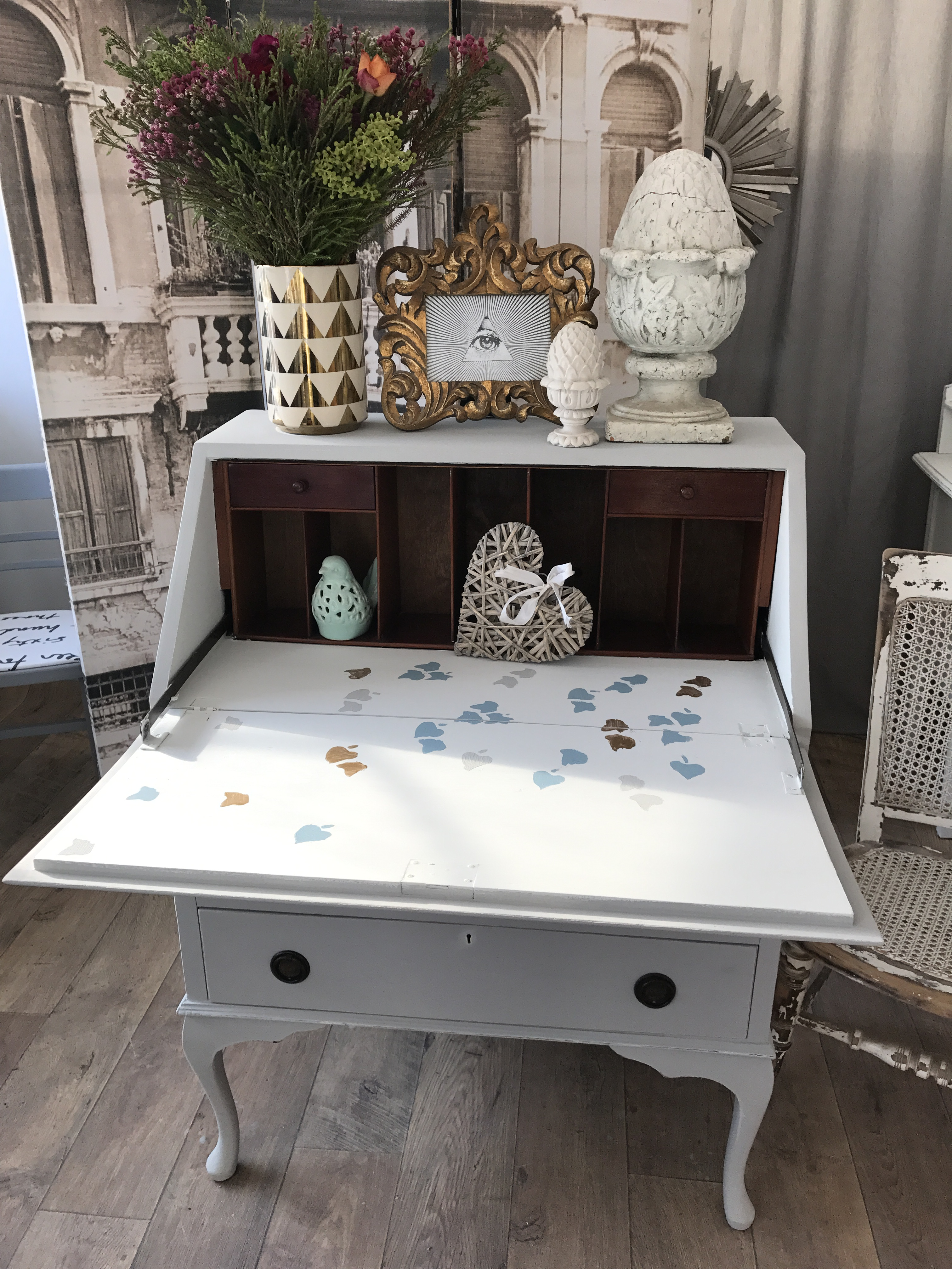 shabby chic writing bureau eclectivo london furniture with soul. Black Bedroom Furniture Sets. Home Design Ideas