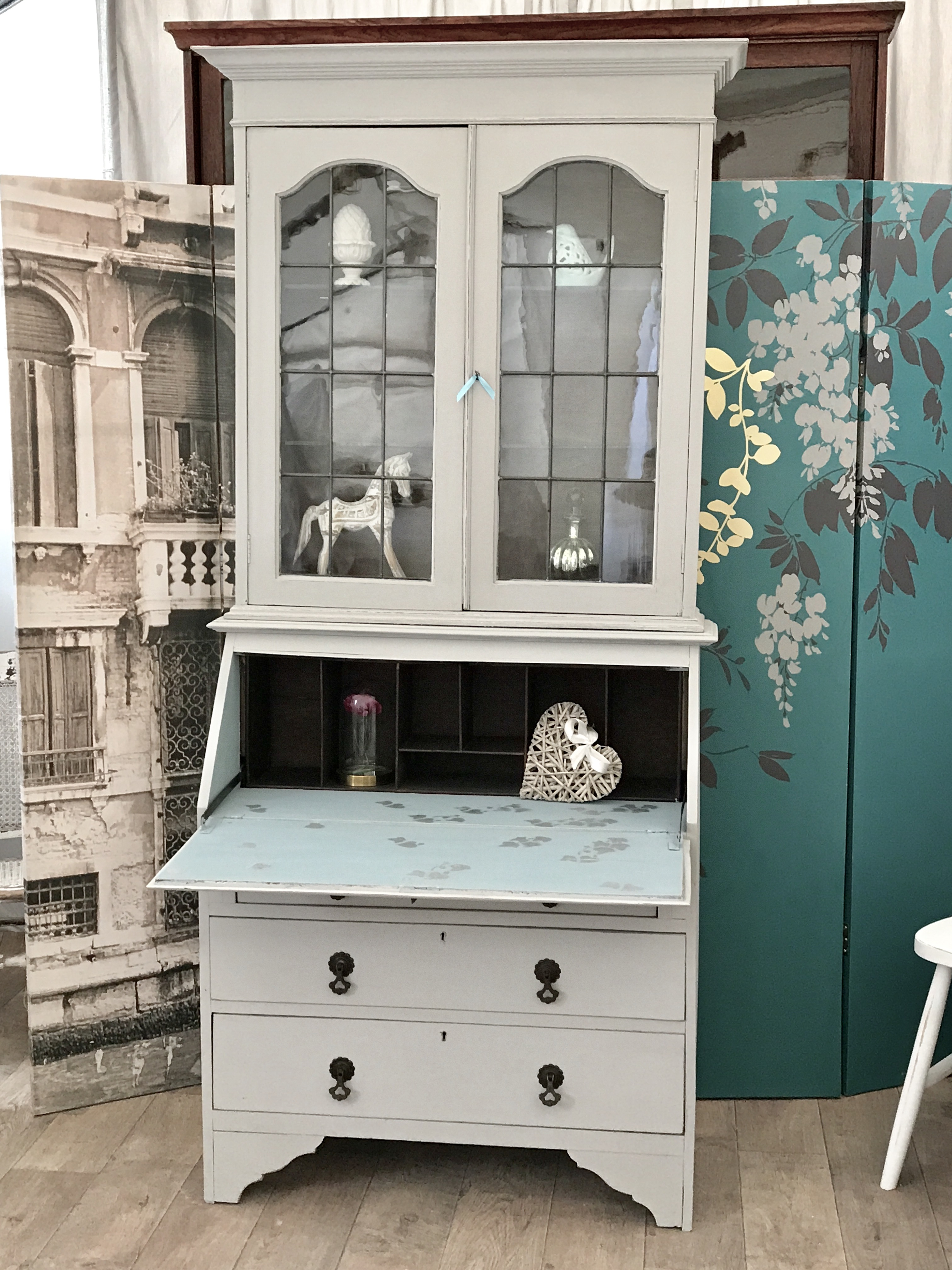 shabby chic edwardian bookcase bureau eclectivo london furniture with soul. Black Bedroom Furniture Sets. Home Design Ideas